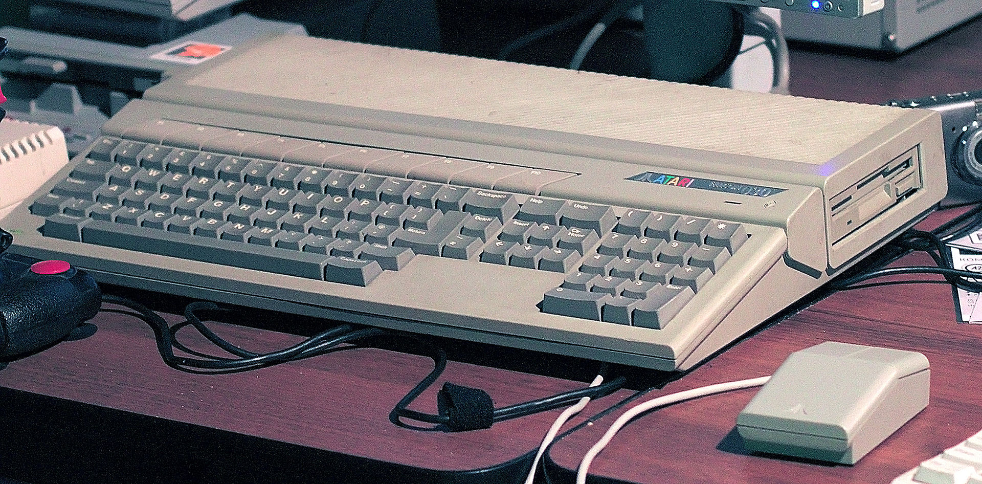 Wolf3D is compatible with the Atari Falcon and the Atari TT as well.